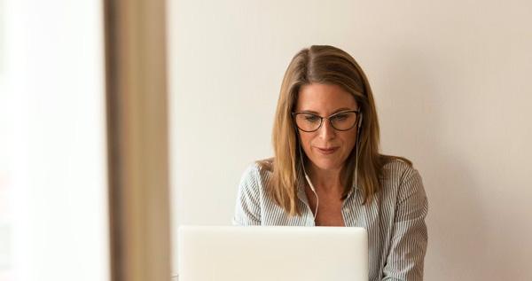 Que doivent contenir vos mentions légales pour qu'elles soient complètes et dans les règles ?